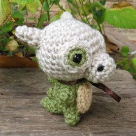 *Ready-to-Ship* – Chibi SHINY Cubone Amigurumi